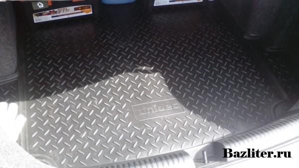 Багажный коврик: стоит ли докупать опцию в салоне? Личное мнение автовладельца