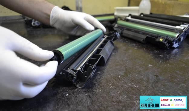 как почистить лазерный принтер, своими силами, чистка лазерного принтера, своими руками, как почистить принтер, лазерный принтер, bazliter.ru, пошаговая инструкция, пошагово, особенности, советы, почистить принтер, самостоятельно, картридж, тонер, замена, как заменить, как разобрать, инструменты, видео, фото, с фото, обзор, отзывы, ремонт
