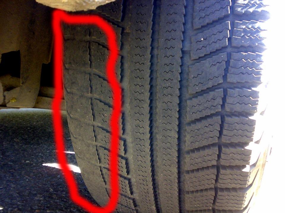 Повреждение боковой стенки шины