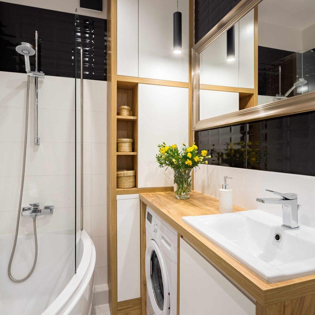 Как обустроить маленькую ванную комнату? Рекомендации, идеи декора