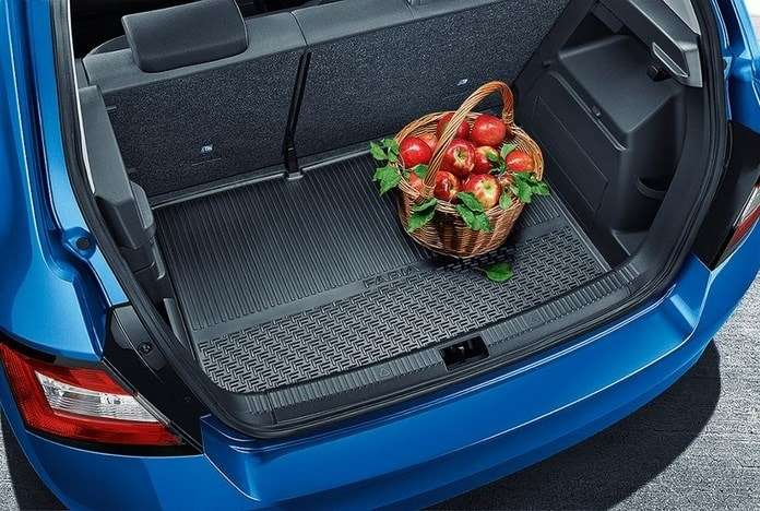 полиуретановый коврик в багажник