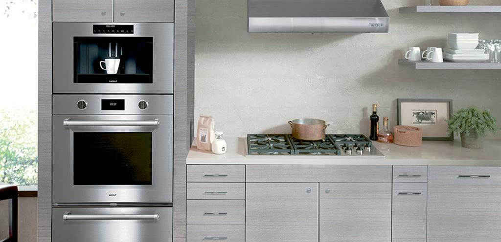 ак выбрать бытовую технику для кухни: отдельно стоящая или встраиваемая техника