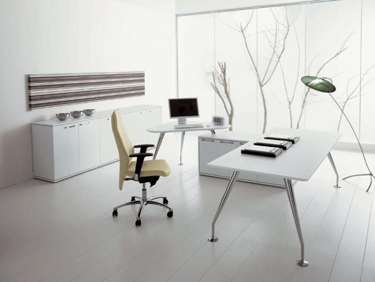 Офис в стиле минимализма
