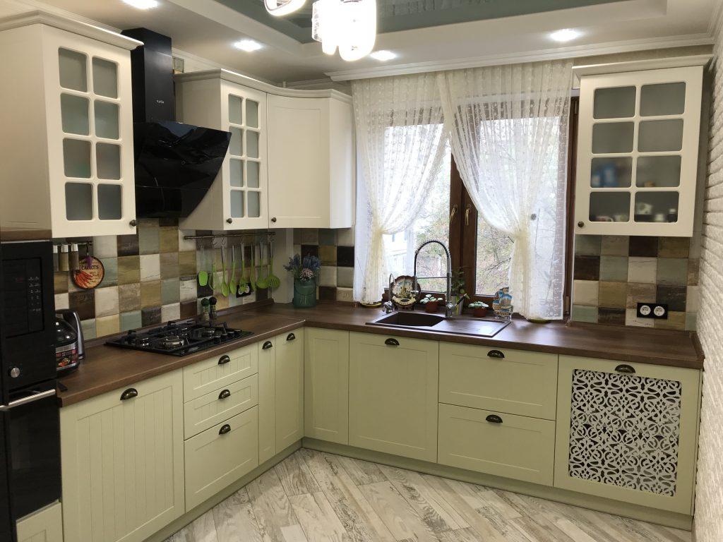Кухни на заказ для маленькой кухни