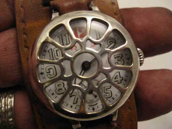 Первые военные часы
