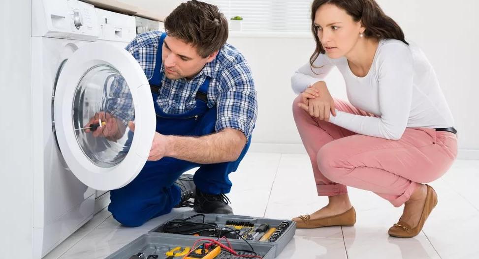 Почему стиральная машина не включается: причины и способы устранения проблемы