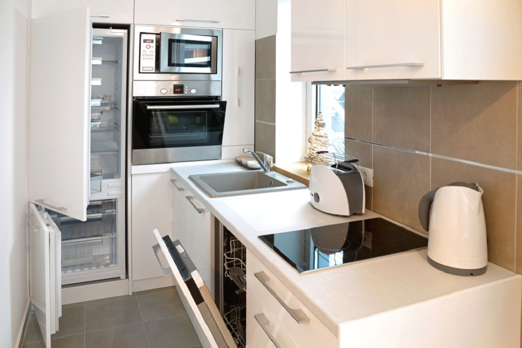 Эффективная бытовая техника для маленькой кухни. Что стоит покупать?