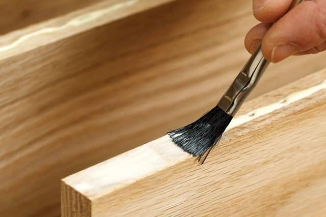 Практичность приобретения мебельного клея у надежного и проверенного поставщика
