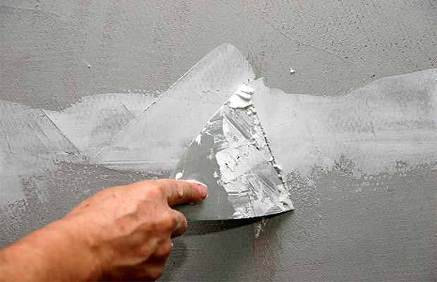 Как правильно выбрать шпаклёвку для отделки стен